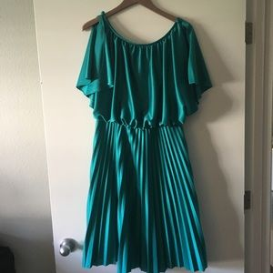 Dresses & Skirts - Vintage Accordion Dress